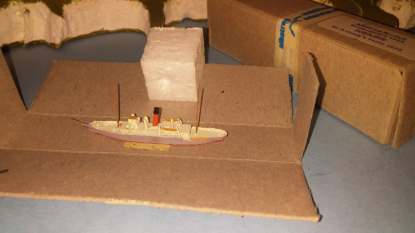 SY Iolaire Steam yacht 1902 (rq. RN WW1 and 2) boxed