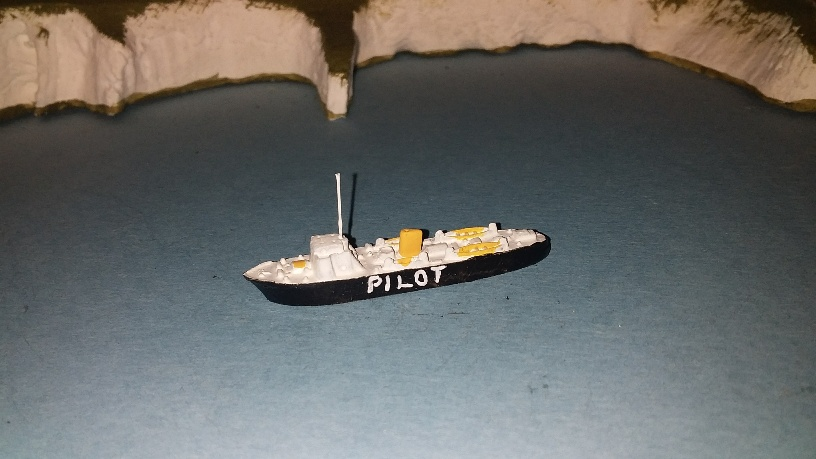 Pilot Ship 1960s UK triang Minic M726 replica p