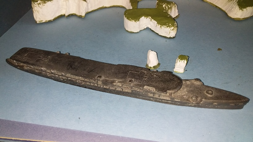 HMS Furious RN aircraft carrier 1940 (approx 1/1375 scale)
