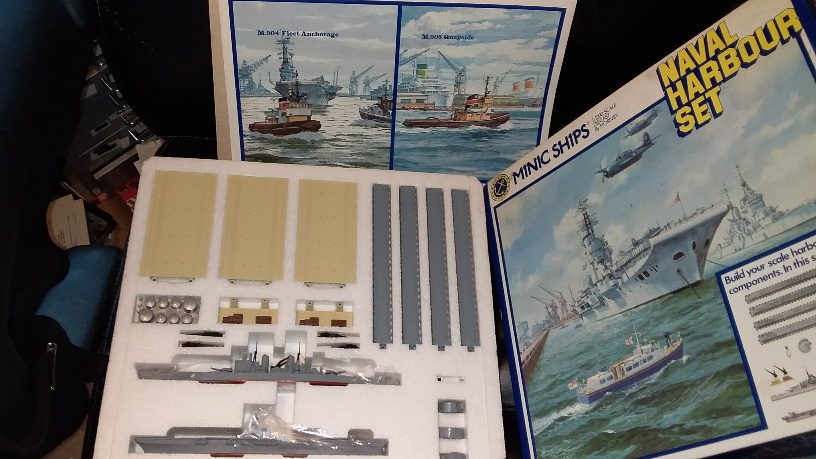 Naval Harbour Set complete with Vanguard and Bulwark