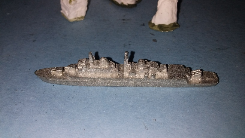 1/3000 HMS Hampshire guid.missile destroyer as built 1969