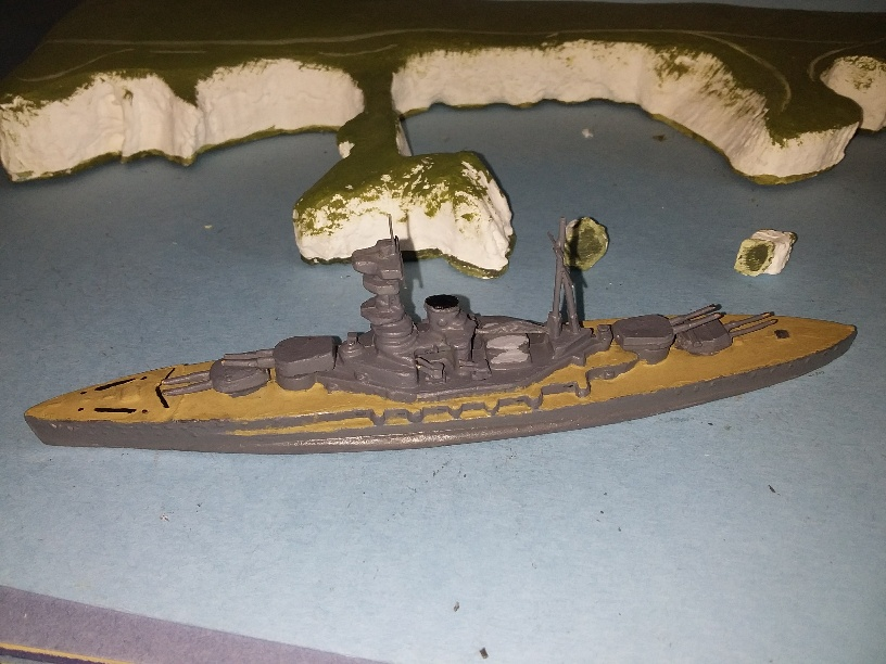 R class RN Battleship 1930s very rare model