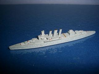 1:2400 HMS Suffolk RN heavy cruiser WW2