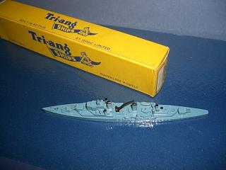 HMS Superb RN cruiser 1950s bl mint boxed *